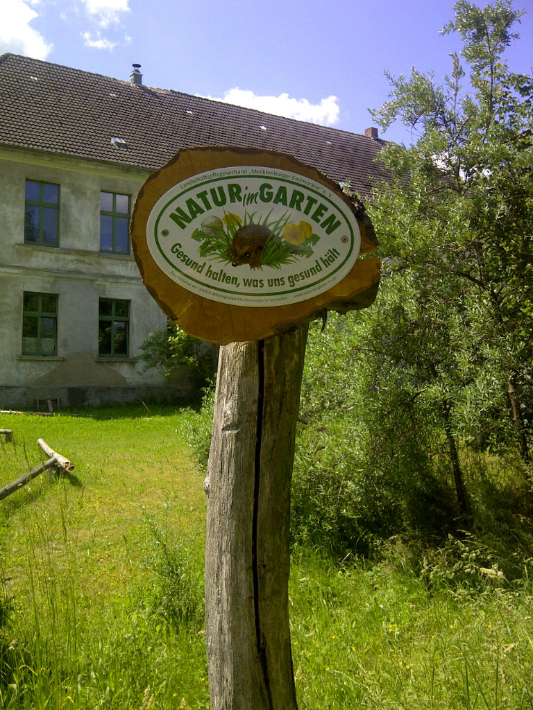 Natur im Garten Mecklenburg Vorpommern Gutshaus